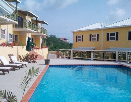Grooms Beach Resort piscine